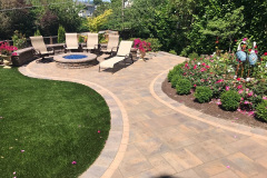 Patio-Gas-Fire-Pit-Retaining-Wall-and-Artificial-Grass