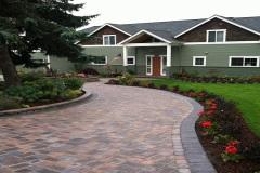 1_Paving-Stone-Driveway