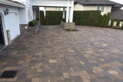 1_driveway-and-front-entry2