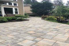 Belgard-Lafitt-Rustic-Victorian-Patio-with-curves-Woodinville-2018