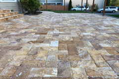 2018-Travertine-Patio-with-Artifical-Grass