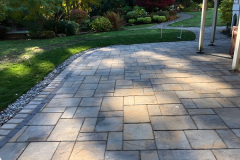 Paver-Patio-with-Double-Border